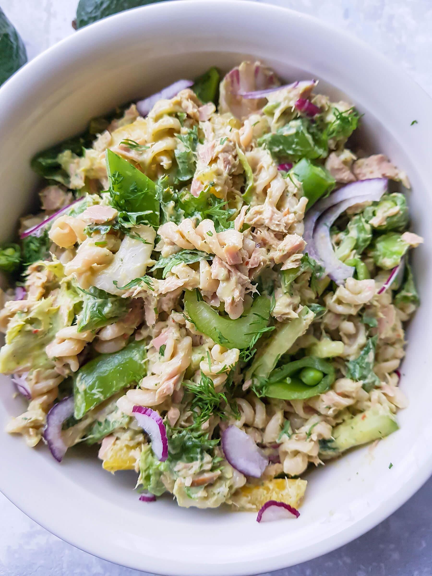 Tonnikala pasta salaatti 2